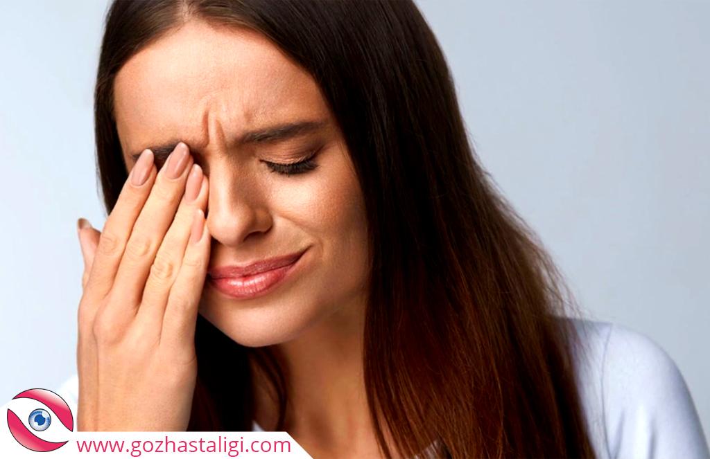 göz kararması ve baş ağrısı, şiddetli baş ağrısı, gözün kararması,